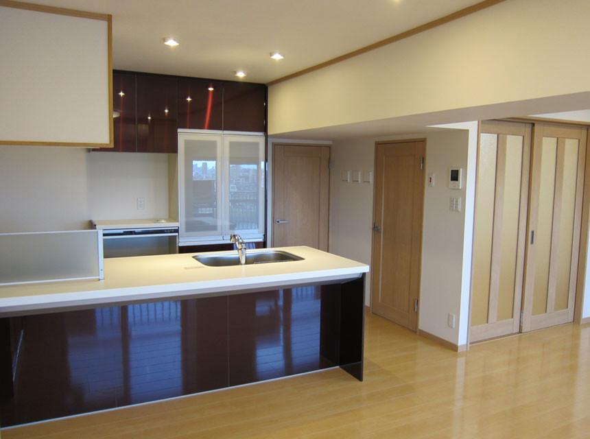 築40年以上経過したマンションもリノベーションで快適・モダンな住まいに